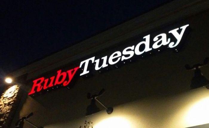 Ruby Tuesday on University Blvd hasamazing…