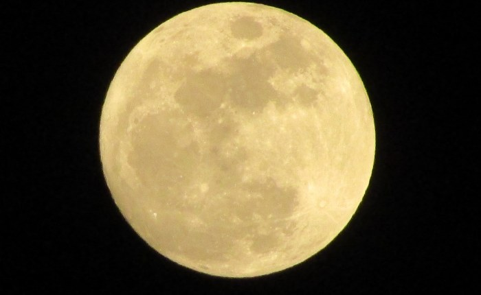 This Amazing View of Tonight's Full Moon Is Brought to YouBy…